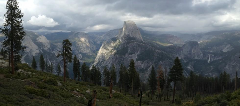 Yosemite-HalfDome-Panorama-YExplore-DeGrazio-MAY2015